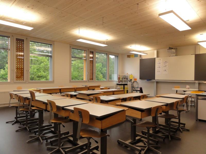 klassenzimmer 01